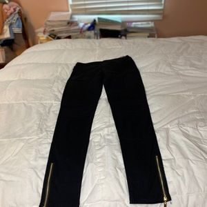 New Mix Black Jeggings, zippered outer…